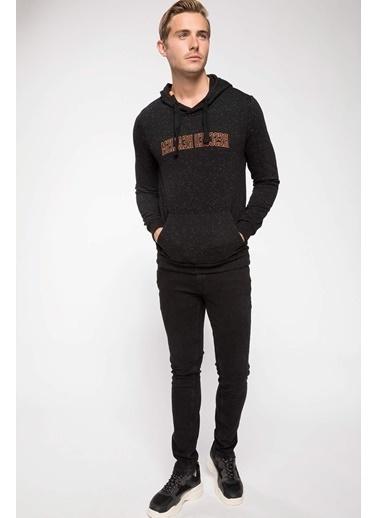 DeFacto Kapşonlu Baskılı Sweatshirt Siyah